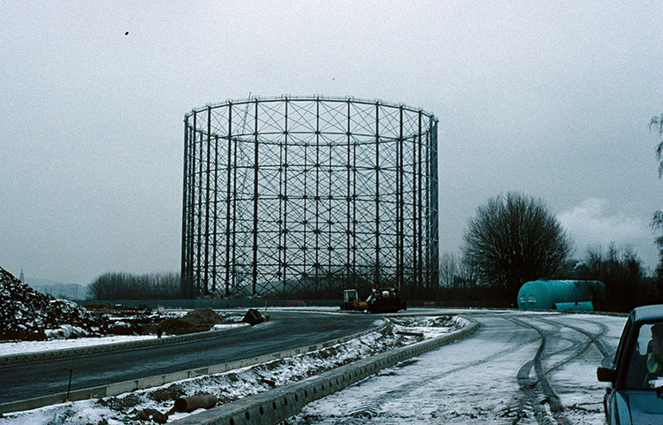 Gas holder, East Greenwich Marshes, near Tunnel Avenue, 1997