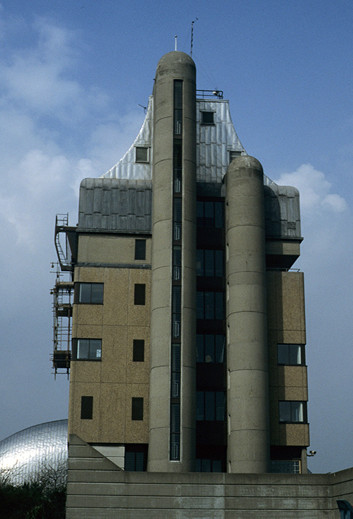 Thames barrier buildings, Charlton, 1996